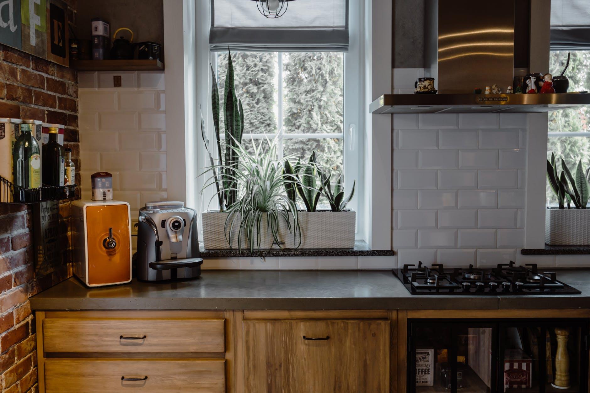 Kitchen Cabinet Refacing | California